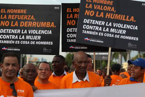 hombres marchan detener feminicidios