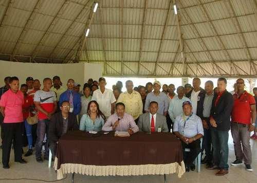 Organizaciones Comunitarias de Los Tres Brazos respaldan ejecutorias Alcaldía SDE
